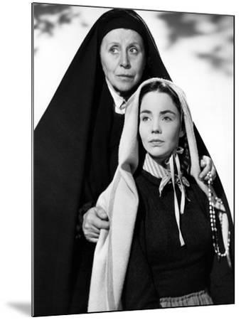 The Song Of Bernadette, Blanche Yurka, Jennifer Jones, 1943--Mounted Photo