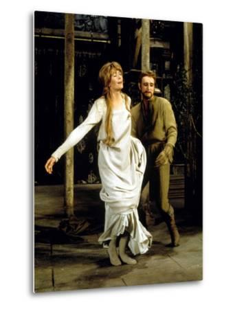Camelot, Vanessa Redgrave As Queen Guenevere, Richard Harris As King Arthur, 1967--Metal Print