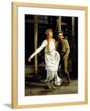 Camelot, Vanessa Redgrave As Queen Guenevere, Richard Harris As King Arthur, 1967--Framed Photo