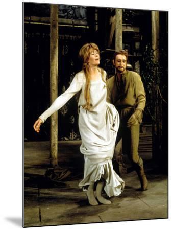 Camelot, Vanessa Redgrave As Queen Guenevere, Richard Harris As King Arthur, 1967--Mounted Photo