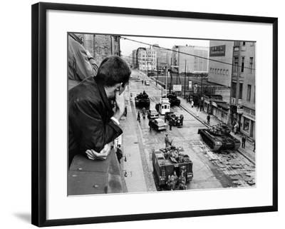American Tanks at the Friedrichstrasse Checkpoint Crossing Through the Berlin Wall--Framed Photo
