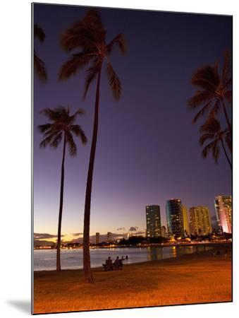 Ala Moana Beach Park, Waikiki, Honolulu, Oahu, Hawaii, USA-Douglas Peebles-Mounted Photographic Print