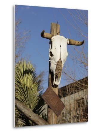 Route 66, Hackberry, Arizona, USA-Julian McRoberts-Metal Print