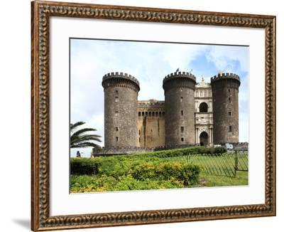 Maschio Angioino Castle (Castel Nuovo), Naples, Campania, Italy, Europe-Vincenzo Lombardo-Framed Photographic Print