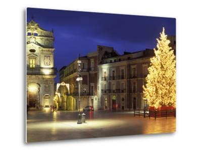 Duomo Square at Christmas, Ortygia, Siracusa, Sicily, Italy, Europe-Vincenzo Lombardo-Metal Print