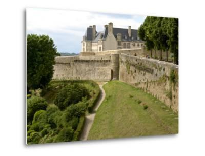 Town Ramparts from 13th-15th Centuries, Tower and English Garden, Dinan, Cotes D'Armor, France-Guy Thouvenin-Metal Print