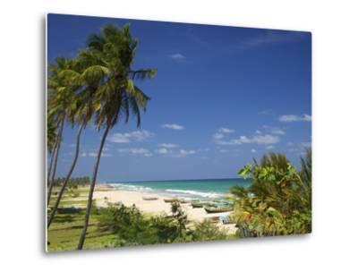 Nilaveli Beach and the Indian Ocean, Trincomalee, Sri Lanka, Asia-Peter Barritt-Metal Print