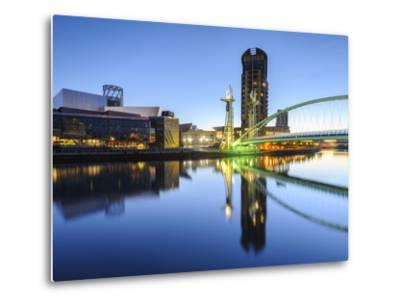 Millennium Bridge and Lowry Centre at Dawn, Salford Quays, Manchester, Greater Manchester, England-Chris Hepburn-Metal Print