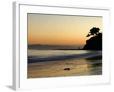 Lovers Silhouette at Sunset on the Ocean, Santa Barbara, California, USA, North America-Antonio Busiello-Framed Photographic Print