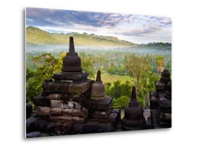 Stone Stupa, Borobudur (Borobodur), UNESCO World Heritage Site, Yogyakarta, Java, Indonesia-Matthew Williams-Ellis-Metal Print