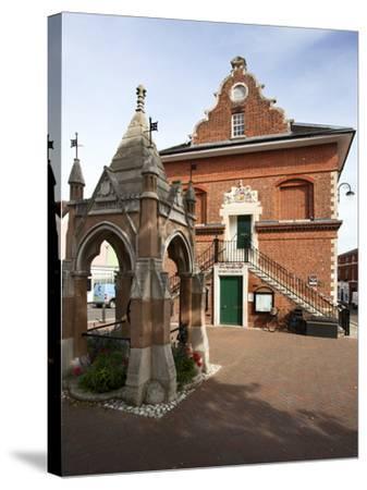 Market Cross and Shire Hall on Market Hill, Woodbridge, Suffolk, England, United Kingdom, Europe-Mark Sunderland-Stretched Canvas Print