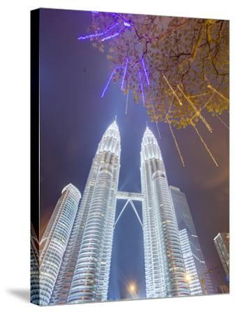Low Angle View of the Petronas Twin Towers, Kuala Lumpur, Malaysia, Southeast Asia, Asia-Gavin Hellier-Stretched Canvas Print