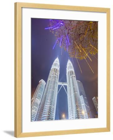 Low Angle View of the Petronas Twin Towers, Kuala Lumpur, Malaysia, Southeast Asia, Asia-Gavin Hellier-Framed Photographic Print