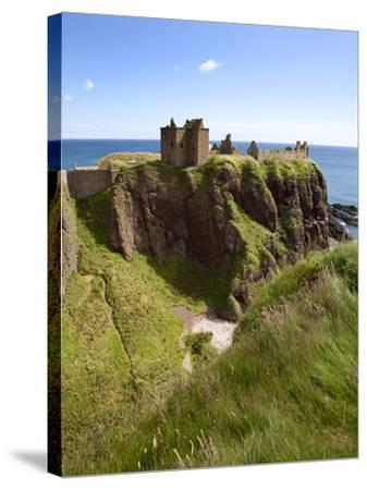 Dunnottar Castle Near Stonehaven, Aberdeenshire, Scotland, United Kingdom, Europe-Mark Sunderland-Stretched Canvas Print