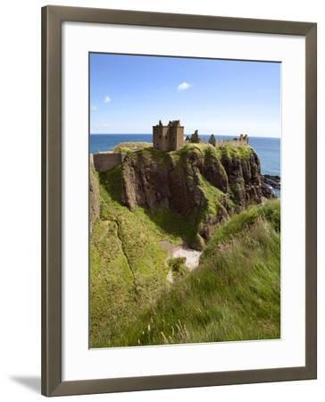 Dunnottar Castle Near Stonehaven, Aberdeenshire, Scotland, United Kingdom, Europe-Mark Sunderland-Framed Photographic Print