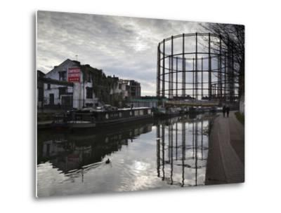 Grand Union Canal, Hackney, London, England, United Kingdom, Europe-Stuart Black-Metal Print