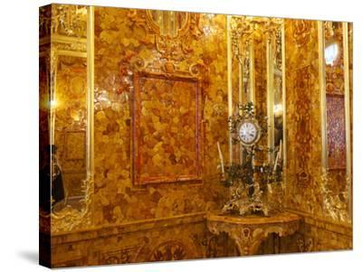 The Amber Room in the Catherine Palace in Tsarskoye Selo-Keenpress-Stretched Canvas Print
