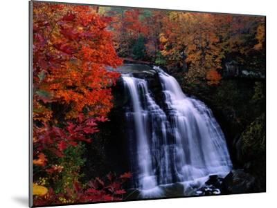 Brandywine Falls in the Cuyahoga National Recreation Area, Ohio-Melissa Farlow-Mounted Premium Photographic Print