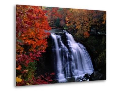 Brandywine Falls in the Cuyahoga National Recreation Area, Ohio-Melissa Farlow-Metal Print