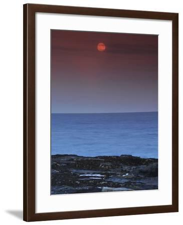 A View of the Atlantic Ocean from the Cape Elizabeth Lighthouse-Raul Touzon-Framed Photographic Print