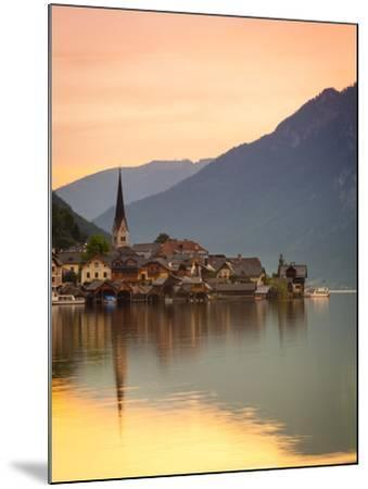 Hallstatt, Hallstattersee, Oberosterreich, Upper Austria, Austria-Doug Pearson-Mounted Photographic Print