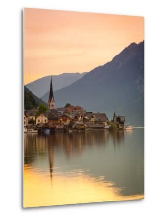 Hallstatt, Hallstattersee, Oberosterreich, Upper Austria, Austria-Doug Pearson-Metal Print