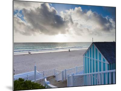 Bahamas, Eleuthera Island, Harbour Island, Pink Sands Beach-Walter Bibikow-Mounted Photographic Print