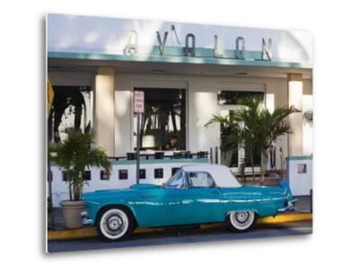 USA, Miami Beach, South Beach, Ocean Drive, Avalon Hotel and 1957 Thunderbird Car-Walter Bibikow-Metal Print
