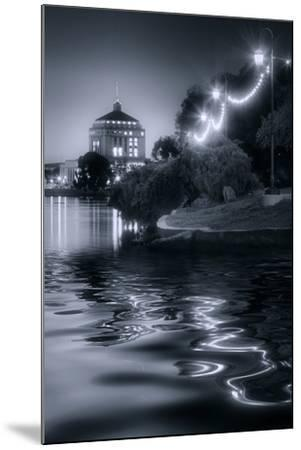 Sunset Lights at Lake Merritt-Vincent James-Mounted Photographic Print