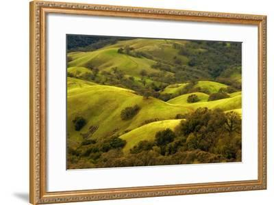 Diablo Winter Hills-Vincent James-Framed Photographic Print