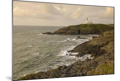 Killantringall Lighthouse, Near Portpatrick, Rhins of Galloway, Dumfries and Galloway, Scotland, UK-Gary Cook-Mounted Photographic Print