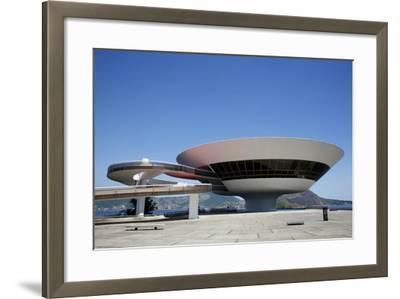 Museu do Arte Contemporanea (Museum of Contemporary Art), Niteroi, Rio de Janeiro, Brazil-Yadid Levy-Framed Photographic Print