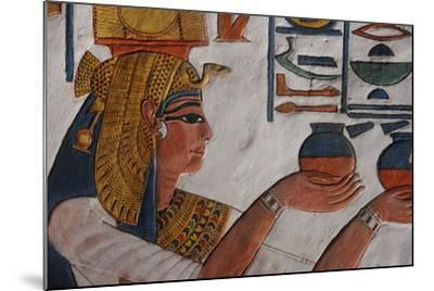Queen Nefertari Making an Offering to Isis-Kenneth Garrett-Mounted Photographic Print