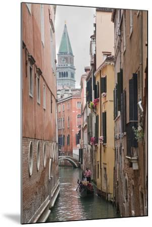 Gondoliers in Back Canal of Venice, Italy-Terry Eggers-Mounted Photographic Print