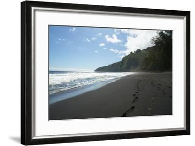 Waipio Valley, Hamakua Coast, Big Island, Hawaii, USA-Douglas Peebles-Framed Photographic Print
