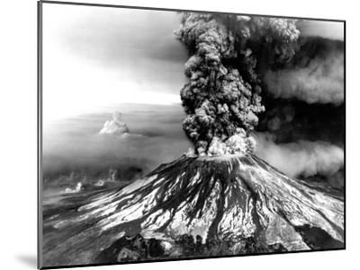 Mount St. Helens on the First Day of Eruption on May 18 1980--Mounted Photo