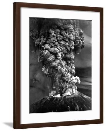 Mount St. Helens in Eruption on May 18, 1980--Framed Photo