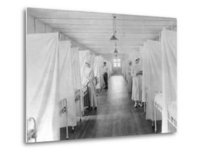 Beds Separated by Sheets to Isolate Patients During Spanish Flu Epidemic 1918-19--Metal Print