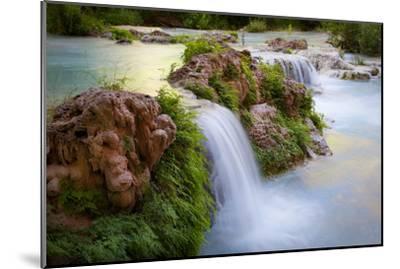Havasu Creek Rushes Over Falls in Havasu Canyon-Derek Von Briesen-Mounted Photographic Print