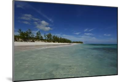 Tranquil Waters on Eleuthera Beach-Raul Touzon-Mounted Photographic Print