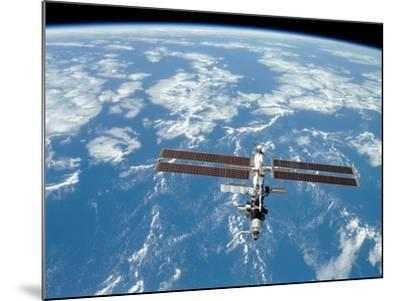 International Space Station-Stocktrek Images-Mounted Photographic Print