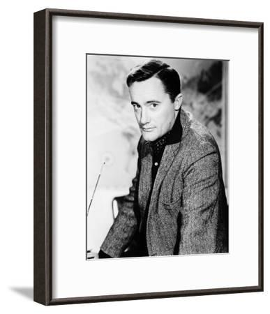 Robert Vaughn - The Man from U.N.C.L.E.--Framed Photo