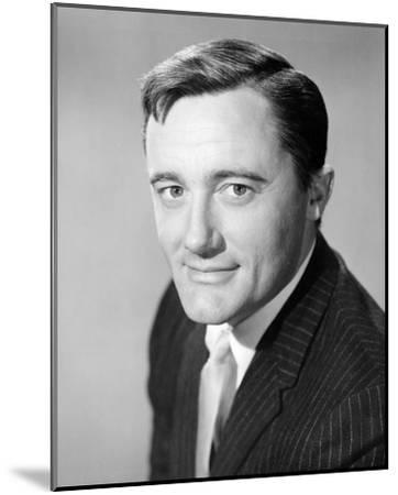 Robert Vaughn - The Man from U.N.C.L.E.--Mounted Photo