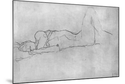 Reclining Female Nude, c.1914-Gustav Klimt-Mounted Giclee Print
