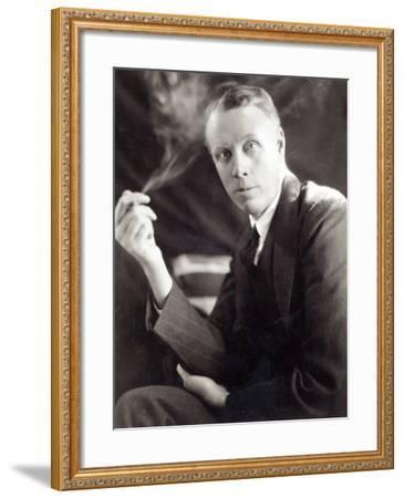 Sinclair Lewis (1885-1951), Photographed by Underwood and Underwood, 1930-Underwood & Underwood-Framed Photographic Print