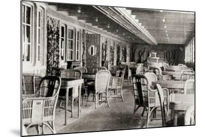 The Deck Cafe on the Titanic, 1912--Mounted Photographic Print