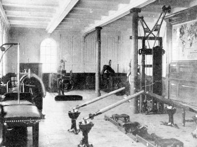 The Gymnasium on the Titanic, 1912--Photographic Print