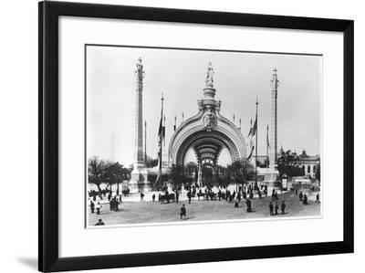 The Monumental Entrance at the Place de La Concorde at the Universal Exhibition of 1900, Paris-French Photographer-Framed Photographic Print