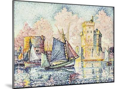 Tuna Boat Entering the Port of La Rochelle, Setting; Le Thonier Entrant Dans Le Port de La…-Paul Signac-Mounted Giclee Print