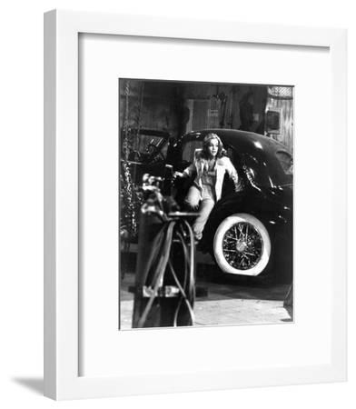 Pamela Sue Martin, The Hardy Boys/Nancy Drew Mysteries (1977)--Framed Photo